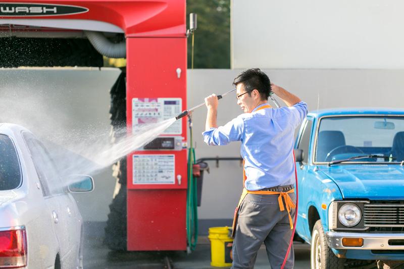 カズミ石油の洗車